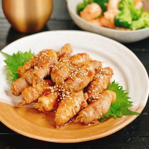 ミョウガと生姜の肉巻きの梅照り焼き
