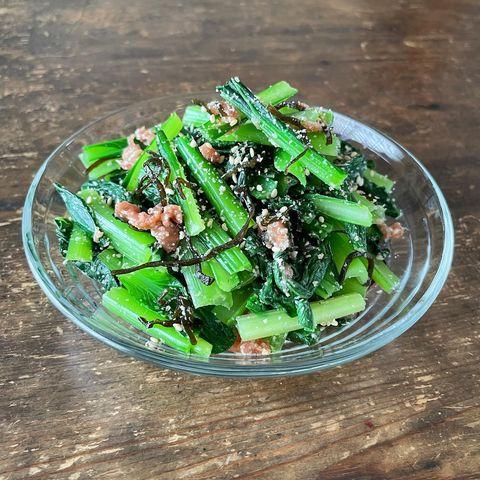 人気の彩り副菜。小松菜の梅わさび和えレシピ