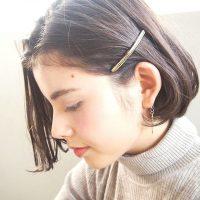 大人ボブにおすすめの簡単ヘアピンアレンジ。毎日髪型の印象を変えられる人気スタイル
