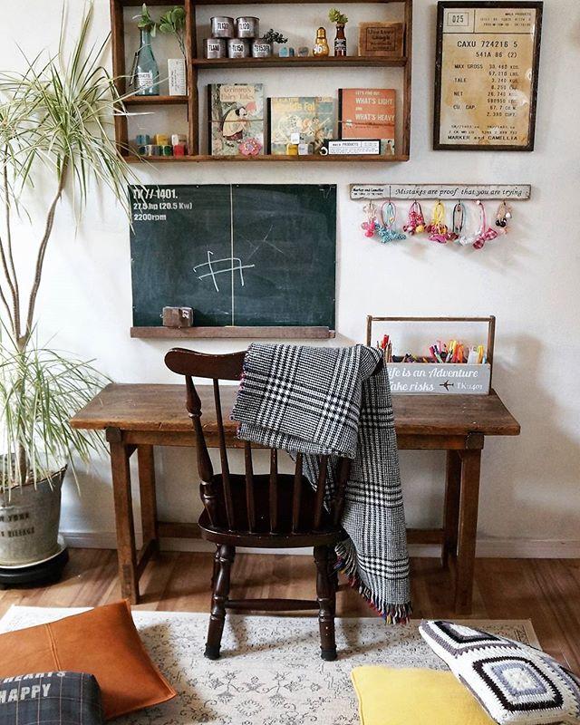 黒板で海外のおしゃれなカフェ風のインテリア