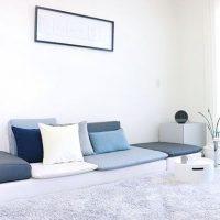 リビング×ローソファーのある暮らし。狭い部屋も広く見せるインテリア実例