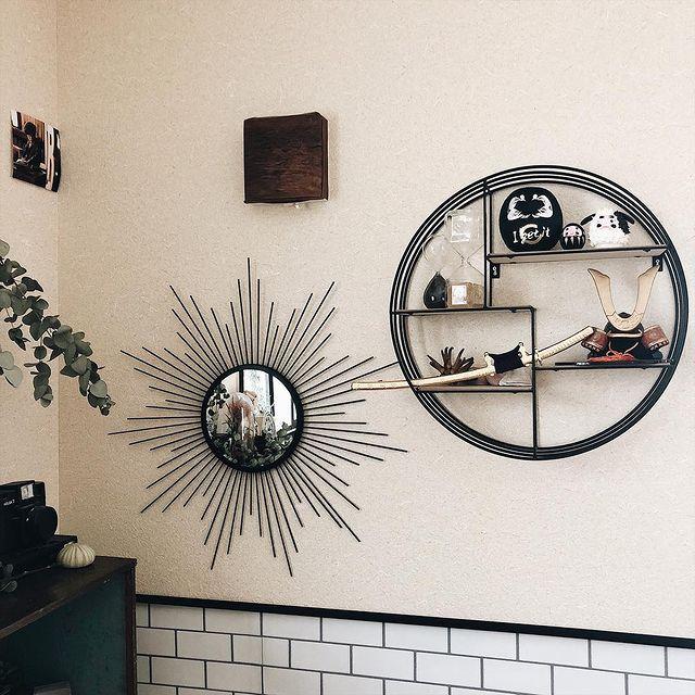 端午の節句仕様に飾り付けた和室の飾り棚