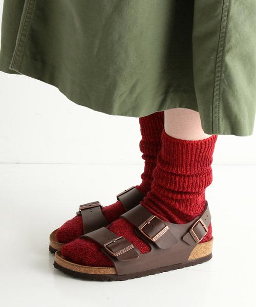 定番のビルケンシュトックサンダルは靴下コーデがかわいい♪