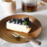 《イイホシユミコ》おすすめの食器特集。シンプルで繊細なデザインに魅了される
