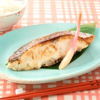 下味冷凍を活用!魚のみそみりんヨーグルト漬け焼き