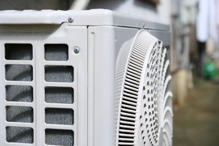 エアコン室外機の自分でできる掃除方法とは?必要な道具と節電方法2