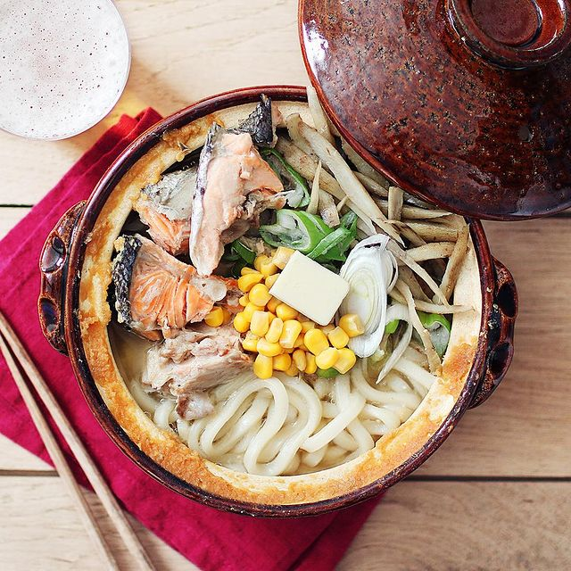 絶品♡鮭あらとコーンバターのうどん鍋レシピ
