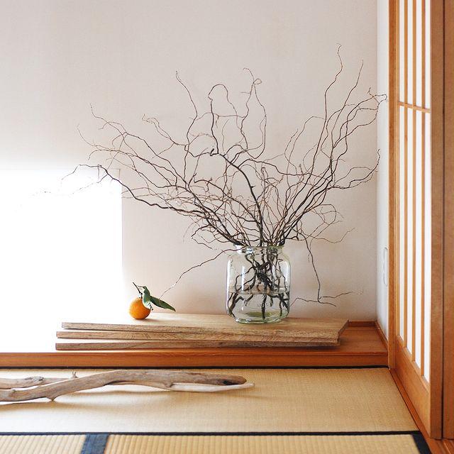 季節感や素材を楽しむモダンな床の間インテリア