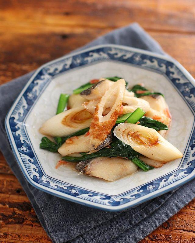 旨み◎たらとちくわと小松菜の中華炒めレシピ