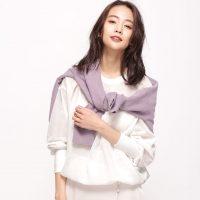 大人可愛い秋コーデにマストの「白ブラウス」着こなし豊富な2021ファッション集