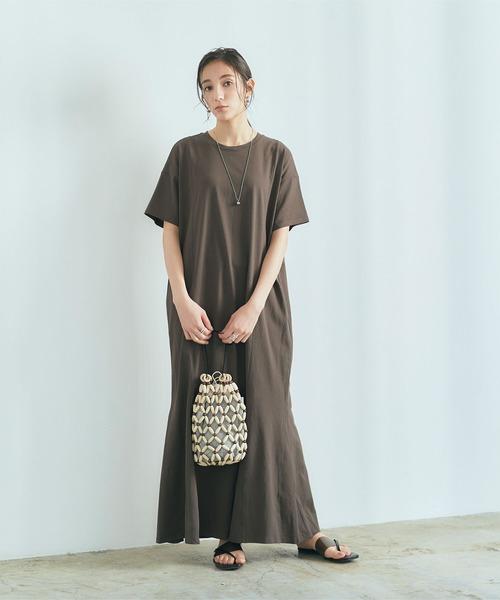 Tシャツワンピース×デザインバッグ