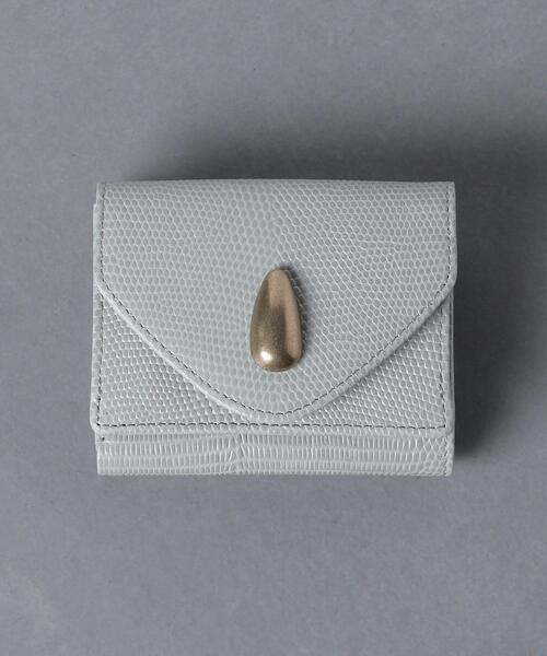 クリーンなムードが好印象なミニ財布