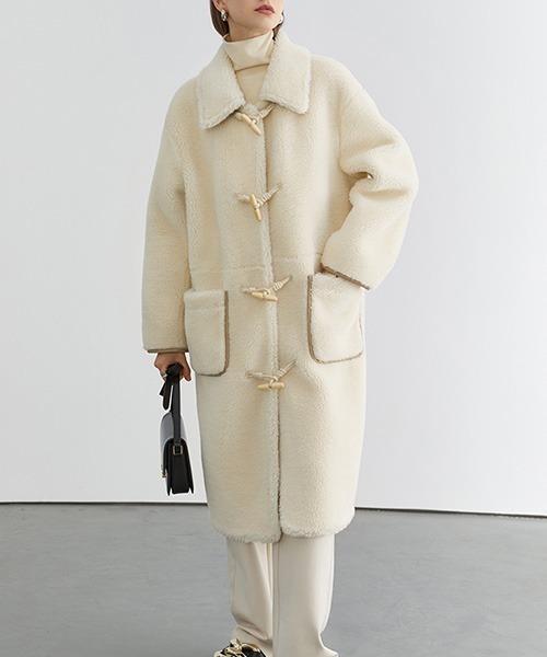 Horn buckle fur duffle coat FD20W237