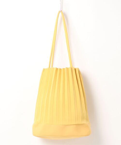 爽やかカラーのトートバッグ