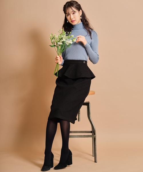 フラワービジュー付き取り外し可能な2WAYペプラムタイトスカート