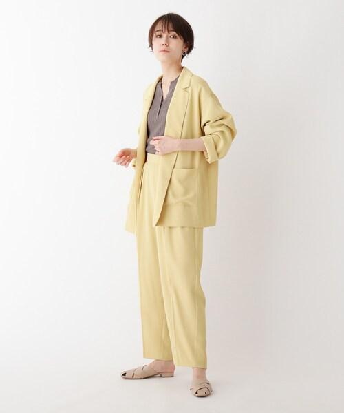 レモンイエローの人気コーデ11