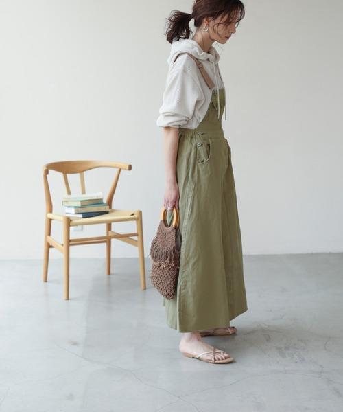 テープサス付きジャンパースカート