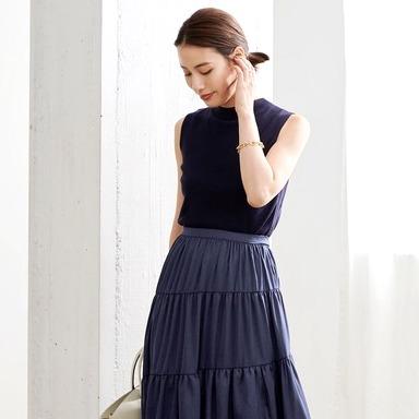 ネイビースカートどうコーデする?《2021》40代のオフィス・お出かけファッション