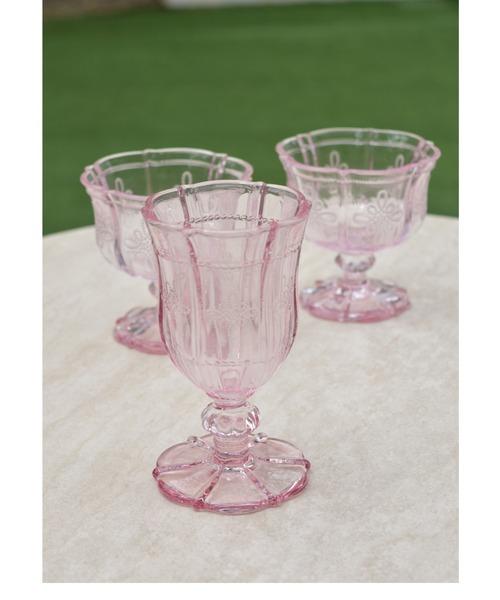 アンティーク調のおしゃれなグラスカップ