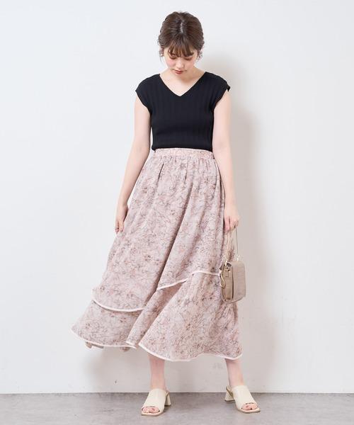 花柄ランダムヘムパイピングスカート