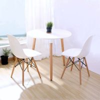 おしゃれな丸テーブルまとめ!モダンや北欧などの人気のデザインで食卓を素敵な空間に