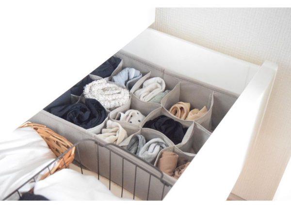 ニトリの仕切りケースで服を整理するアイデア