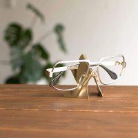 お気に入りのメガネを「いつもの場所」に。おしゃれなメガネスタンド15選ご紹介