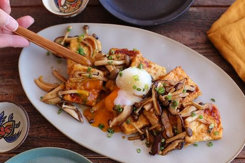 秋の副菜に!きのこたっぷり豆腐ステーキ