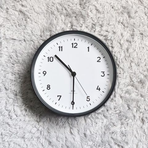 電波時計1