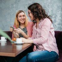 社会人の友達の作り方のコツって?大人に必要な距離感や行動で作る気軽な方法