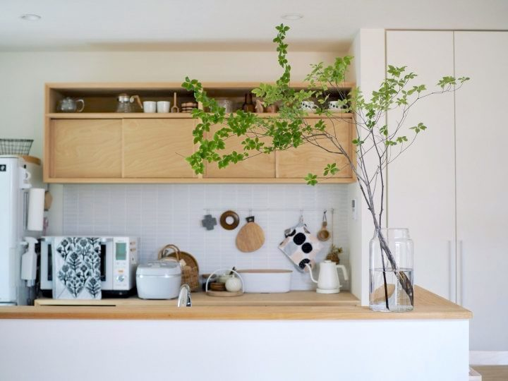 使い勝手の良い造作食器棚