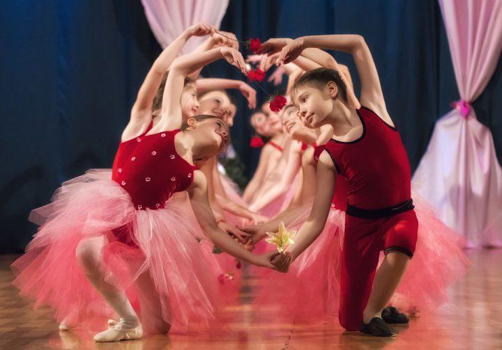 スポーツの習い事の費用相場《ダンス》