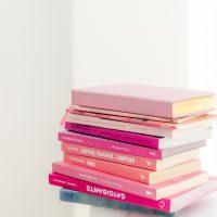 インテリアとして洋書を飾ろう。お部屋のおしゃれ度がぐんと上がる可愛いアイテム
