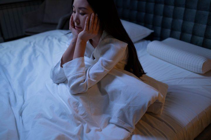 眠れない夜は何をする?【過ごし方】