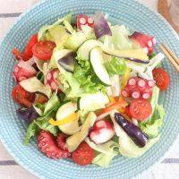 夏におすすめのレシピ!ズッキーニとタコのサラダ