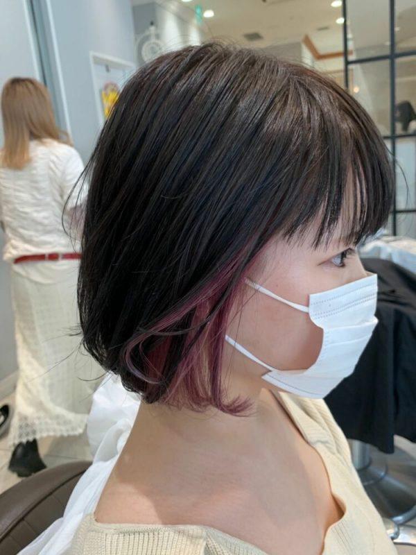 カシスピンクのイヤリングカラー×ミディアム