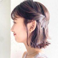 インナーカラー×ハーフアップのアレンジ特集。大人女性も挑戦しやすい髪色まとめ