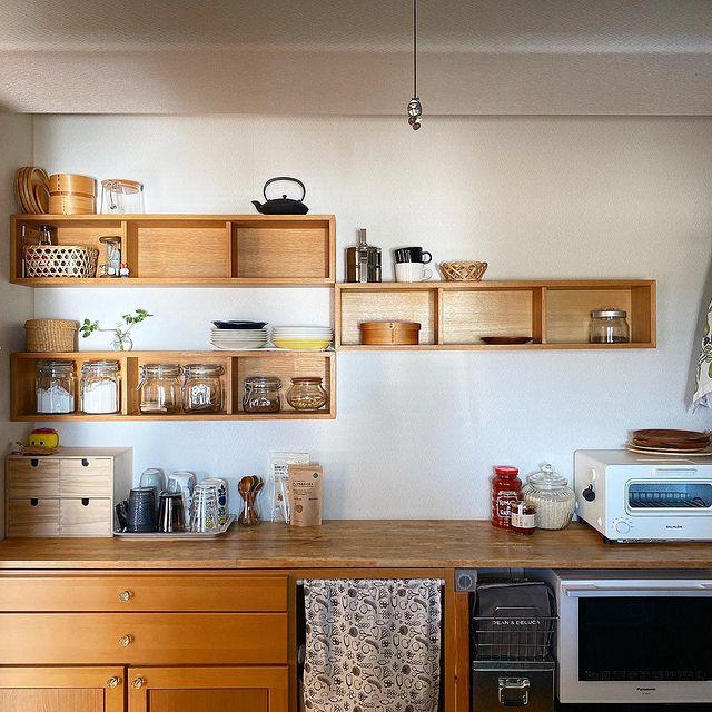 「壁に付けられる家具 箱」を使ったインテリア実例4