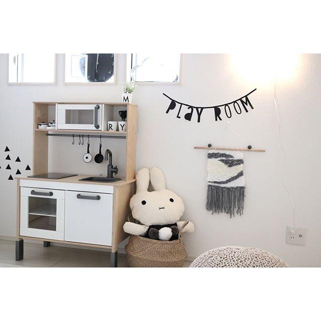 インテリアに馴染むIKEAの子供用家具