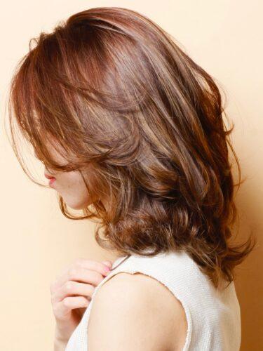 ミディアム×オレンジブラウンのヘアカラー