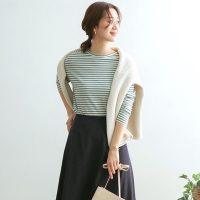 ネイビースカートコーデ【18選】秋は美人カラーを取り入れた知的な着こなしに挑戦