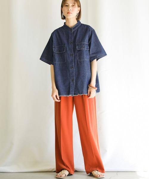 メンズライクデニムシャツの秋コーデ