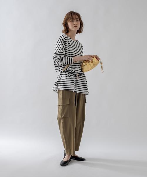 [un dix cors] こだわりの女性らしいシルエット カーヴィカーゴパンツ