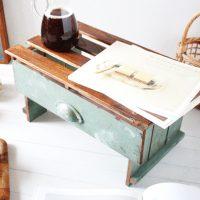 《100均》サイドテーブルのDIY特集。簡単でおしゃれな自分好みのものを作ろう