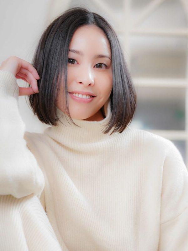 ワンレンミディアムの冬のトレンド髪型