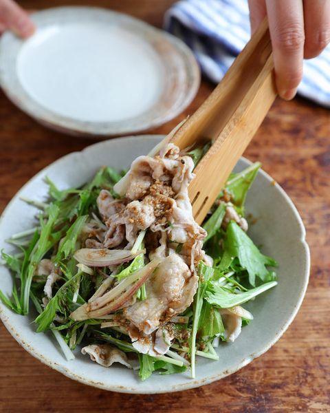 ボリュームおつまみの豚しゃぶ香味野菜和え