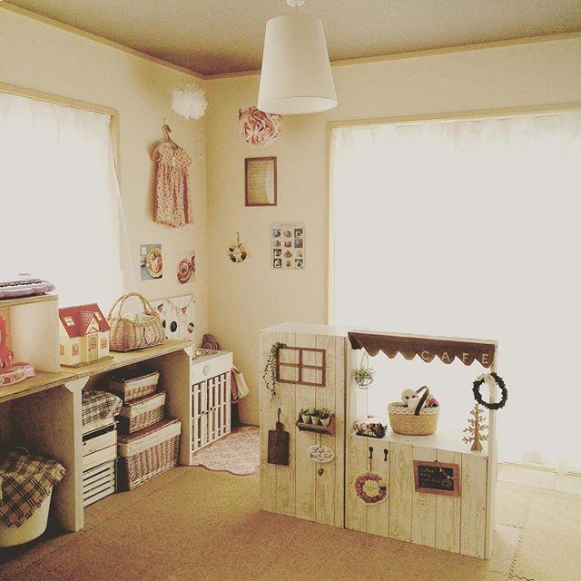 籠収納+布で姫テイストのおもちゃ収納実例