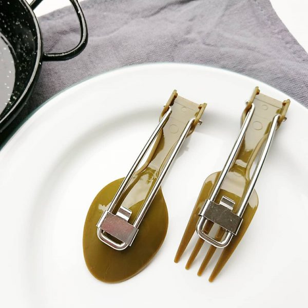 軽量で便利な折りたたみ式スプーン&フォーク