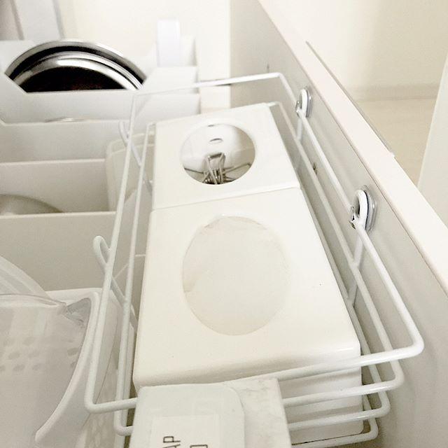 ティッシュケースを使ったキッチン収納