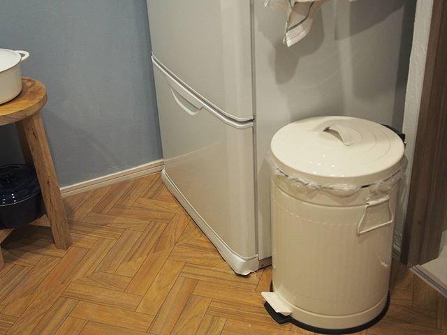 統一感を与えおしゃれに見せるゴミ箱